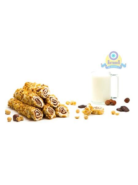 Рулет молочный с крем шоколадом в ореховой стружке фундук