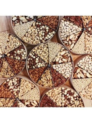 Большая подарочная коробка Nuts Box Premium Max