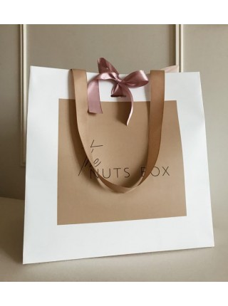 Подарочная круглая коробка орехов с уникальным наполнением Nuts Box Premium Custom