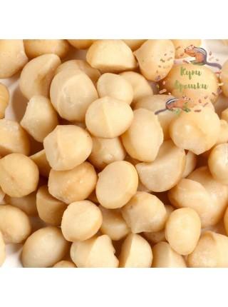 Макадамия орех (очищенный, цельный, ЮАР 2020)